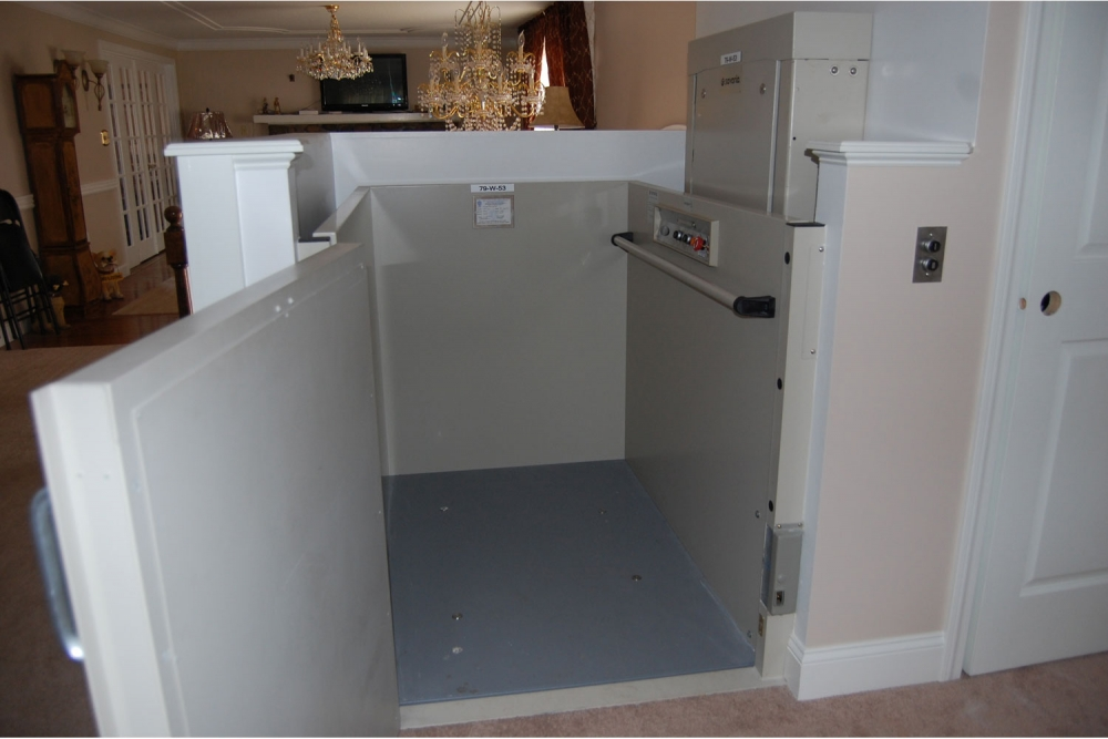 Wheelchair-Lift-up-to-14ft-