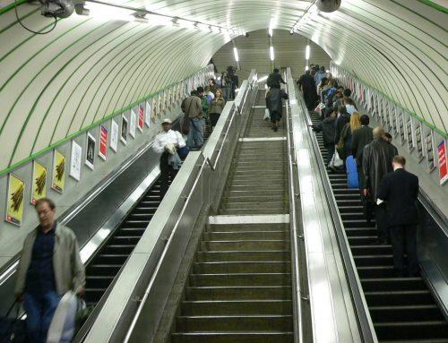 Japanese Campaign Tries to Change Escalator Etiquette